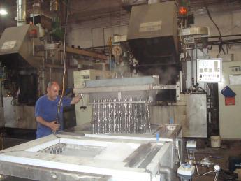 makbes-makina-daldirma-tip-yuzey-islem--1,Dipping-Type-Surface-Preparation, Immersion-Type-Surface-Treatment, Type-de-D'immersion-Préparation-de-la-Surface, Imersiune-Tip-Pregătirea-Suprafeței, Погружение-Подготовка-Тип-поверхности